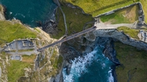 Tintagel Castle footbridge in Cornwall UK has a -millimetre gap in the middle that allows the bridge to expand and contract with the changing temperature