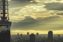 Tokyos urban jungle with Mount Fuji in the distance shahil_h