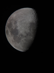 Tonights Moon Taken with an Orion Skyquest XT mm Dobsonian and a Samsung Galaxy S Ultra