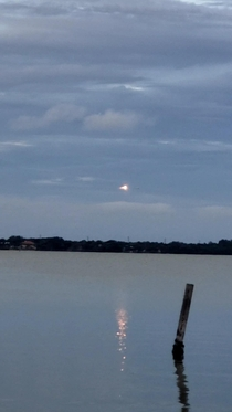 Tonights SpaceX Falcon  booster landing Perfect night