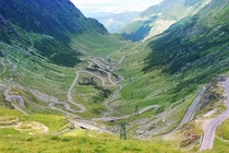 Transfgran road Romania Declared The Best Road In The World by Top Gear