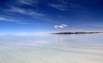 Unbelievable Salar de Uyuni Bolivia  Want to see more of my pictures httplolographysaganetfr