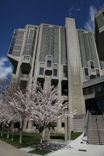University of Toronto Robarts Library