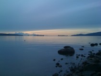 Vancouvers English Bay at Twilight