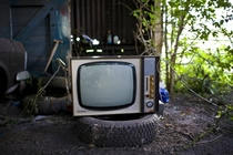 Very old television set left outside a hoarders house UK  iimgurcom