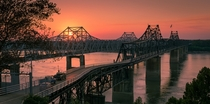 Vicksburg bridges Mississippi