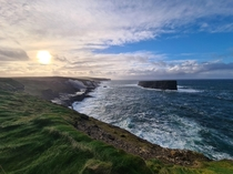 View from the Kilkee cliffs in the west of Ireland x OC