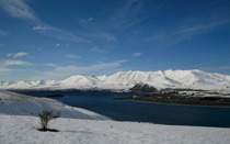 View over Lake Tekapo from Mount John