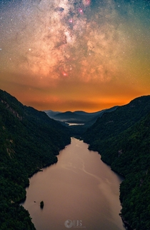 Views like these are why myself and some fellow Redditors decided to hike  miles at night on whim  Adirondacks NY