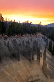 Volcanic Hoodoos in Crater Lake NP
