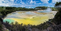 Wai-O-Tapu thermal pools in New Zealand