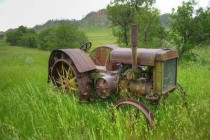 Waiting to be Re-discovered John Deere D in SouthEastern MT