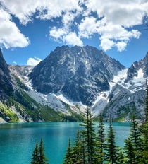 Was feeling sad this view perked me right up Colchuck Lake WA x