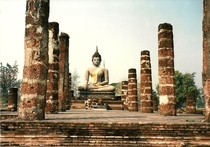 Wat Maha That Sukhothai Thailand  by Willard Losinger