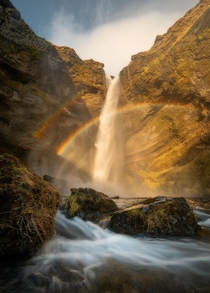 Waterfall in Iceland  - IG Thomas_Kuipers
