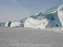 Wave-like ice formations antarctica