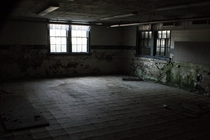 Went back to my childhood K- school Its in bad shape This was the lunchroom