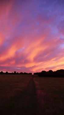 Went out for a run under this beautiful sunset Basingstoke UK