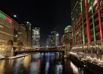Windy City LightsDowntown Chicago x