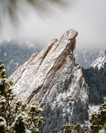 Winter storm hits Boulder Colorados iconic Flat Irons in Chautauqua Park Boulder Co OC x