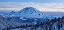 Winter Wonderland of Mount Ranier  Summit Lake Washington OC x