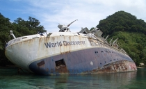 World Discoverer abandoned off the Solomon Islands