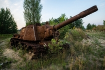 WWII-era Russian ISU- assault gun abandoned in Chernobyl by general_kosmosa
