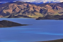 Yamzho Yumco Lake in Shannan Prefecture in southwest Chinas Tibet Autonomous Region Liu Kun