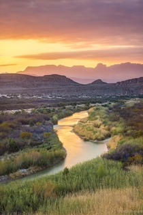 You love the lush greens of Oregon but what about those incredible Texas sunsets Evening splendor overlooking the Rio Grande Big Bend National Park